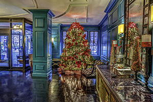 Hotel Monaco decorated for the holidays. Virginia Tourism Corporation, www.Virginia.org